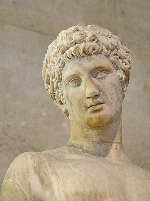 Adonis Skulptur im Louvre
