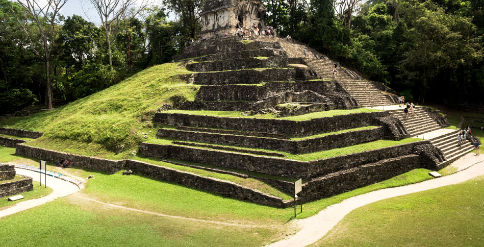 Tempel Mexiko - hier mischen sich christliche und indianische Kultur