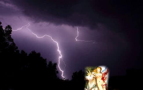 Zeus spricht mit Blitz und Donner