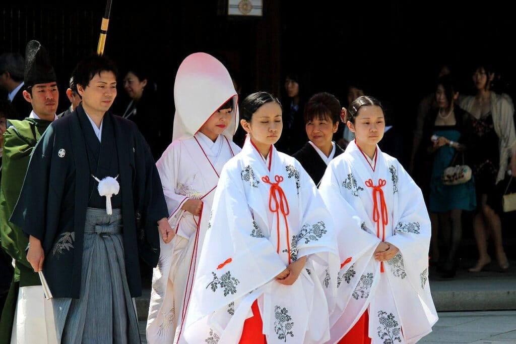 Traditionell buddhistische Hochzeit (Japan)
