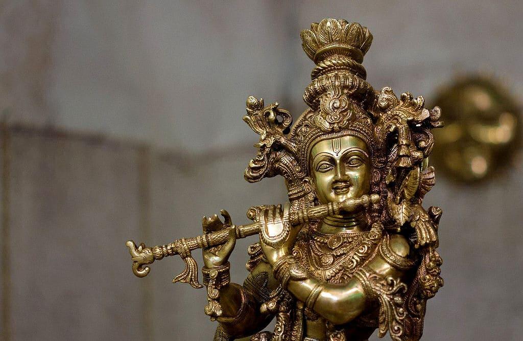 Krishna ist ein sehr beliebter Gott in Indien und gilt als eine Inkarnation von Vishnu.