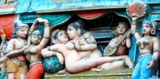 Die Kunst der Liebe - im Kamasutra wird sie akribisch beschrieben.
